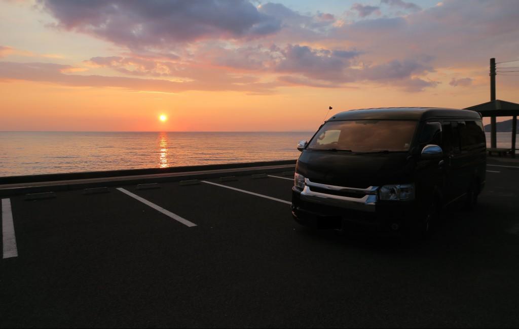 『SOLAR IMPACT』に交換したお客様車両と新規代理店のご紹介です